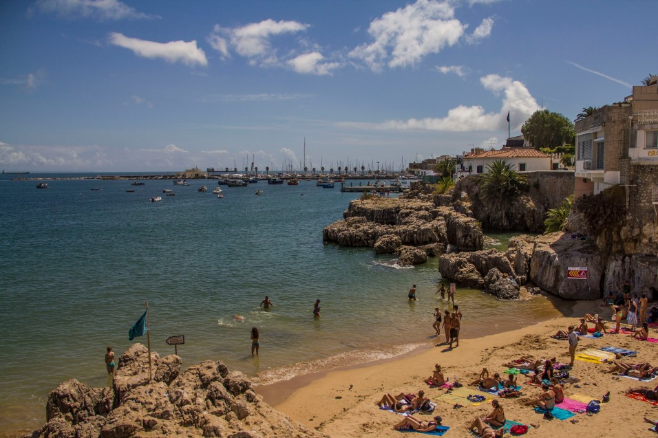 Praia da Rainha, Cascais, Lisbon